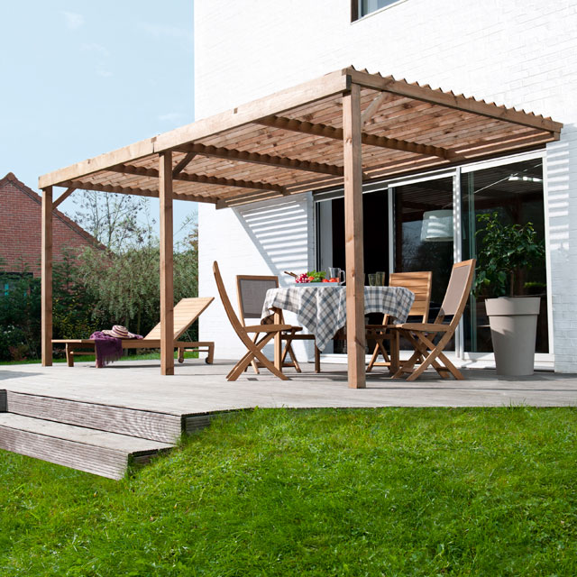 7 riens pour 1 jardin 3 de l 39 ombre red hot chili stickers for Pergola aluminium castorama