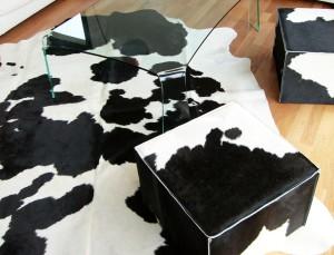 Tapis en Peau de vache pour une décoration intérieure douillette mais rock